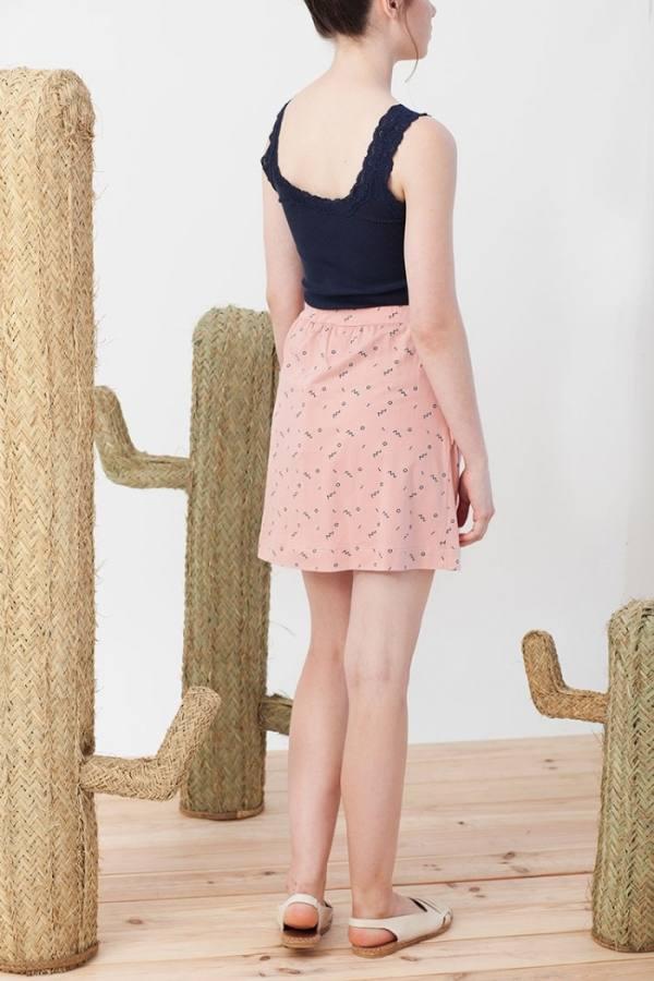 falda-botones-isa-rosa-estampado-abstracto-1